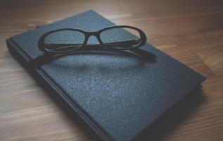 glasses-1280549_1920